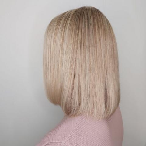 Raidoitetut hiukset